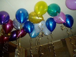 Сценарии юбилея, сценки на юбилей, поздравления на день 85